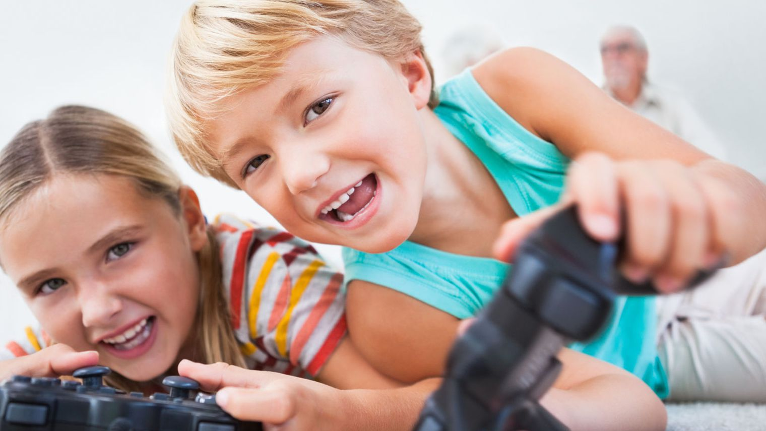 les jeux vid o sont ils bons pour nos enfants je suis un le jeu vid o avec. Black Bedroom Furniture Sets. Home Design Ideas